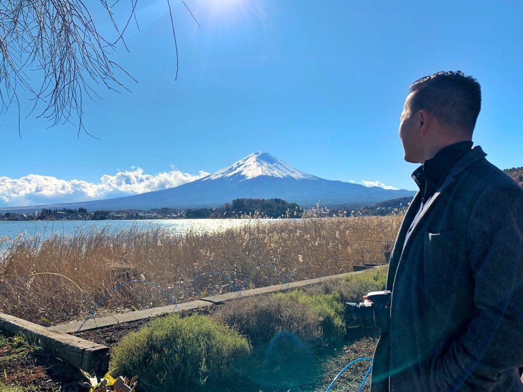 Alex Moe and Mount Fuji and Lake Kawaguchi